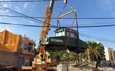 Restauran el Tractor 4 de Rafelbunyol por los 125 años de la llegada del tren