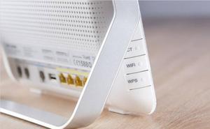 ¿Cómo amplificar la señal WiFi de tu casa utilizando papel de aluminio?