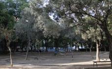 El mayor jardín de Ruzafa cumple tres años de ruina tras frenarse el proyecto