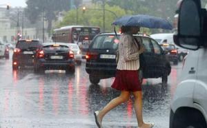 Las fuertes lluvias entran por el sur en la Comunitat