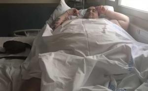 La báscula de la cama confirma que el joven de Turís pesa realmente 385 kilos