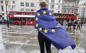 Las empresas valencianas buscan mercados alternativos ante el riesgo de un 'Brexit' duro