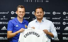 Cheryshev ya posa como valencianista