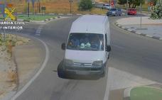 La Guardia Civil desarticula en Moncada a un grupo que robaba en polígonos