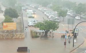 Una nueva tormenta de verano azota Xàbia y Dénia con hasta 105 litros y 60 en una hora