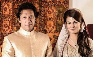 El exjugador de críquet Imran Khan, investido primer ministro de Pakistán