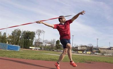 Una aerolínea extravía la jabalina con la que el atleta valenciano Héctor Cabrera iba a participar en los Europeos Paralímpicos