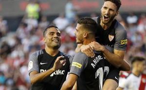 El Sevilla se pasea en el regreso a Primera del Rayo