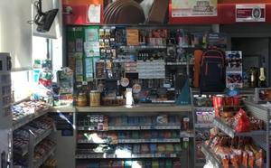 Atraca una gasolinera a punta de pistola en Valencia y siembra el pánico entre los clientes
