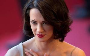 Asia Argento: «Jamás he tenido relaciones sexuales con Bennett»