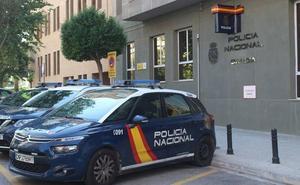 Dos mujeres estafan en Valencia 70.000 euros a un conocido a través de WhatsApp