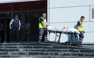 El asaltante de Cornellá recibió tres disparos, uno de ellos de la cabeza