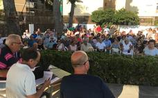 Vecinos de la playa de Tavernes protestan por el ruido que generan los festivales