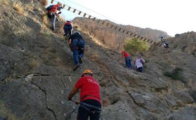 Redován inaugura la vía ferrata más larga de la Comunitat con 900 metros equipados