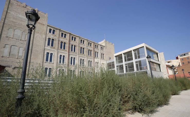 Abandono del edificio de La Harinera tras su rehabilitación