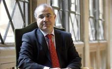 Jueces y fiscales exigen al Gobierno que asuma la defensa de Llarena en Bélgica