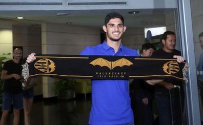 Guedes: «Han sido días muy difíciles para mí porque quería venir al Valencia»