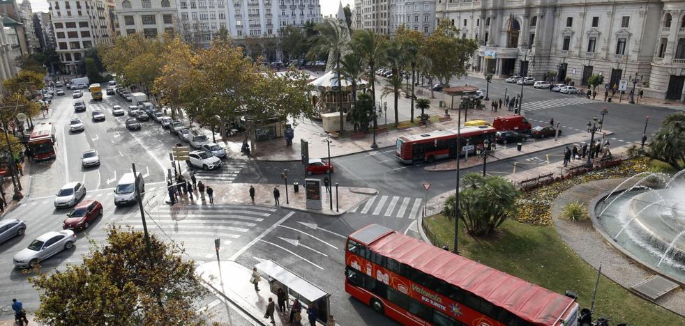 El Ayuntamiento mantiene en el aire seis proyectos clave para Valencia