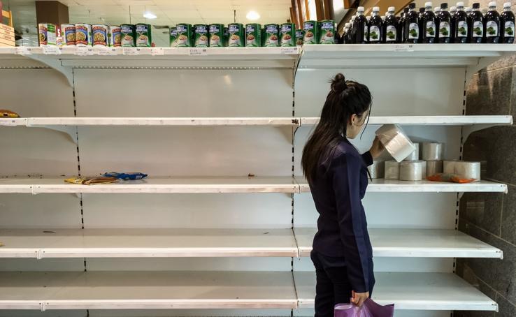 Tiendas vacías y caos económico en la Venezuela de Maduro