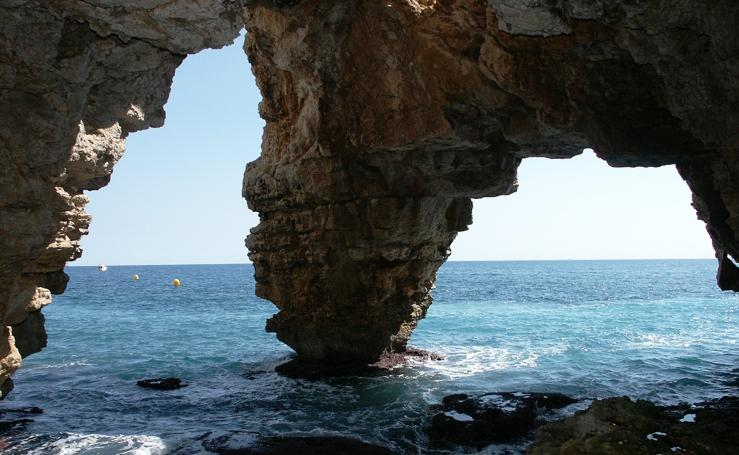 12 pueblos valencianos con cuevas increíbles