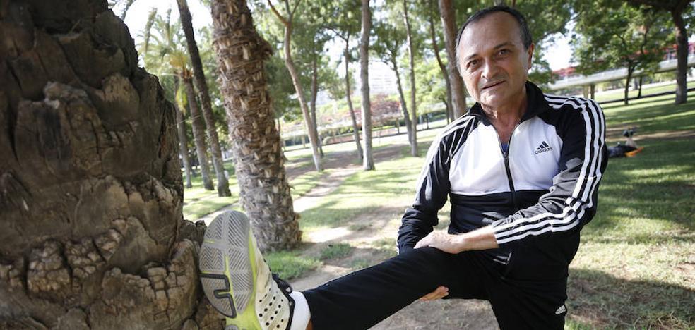 Javier Domínguez, el libro del atleta