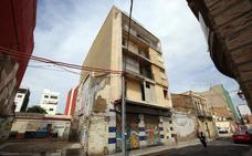 Ribó convoca de urgencia a sus ediles tras la fuerte presión en el Cabanyal