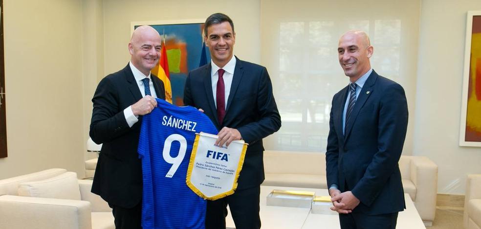Gobierno, Federación y FIFA no ven ahora un partido en Estados Unidos