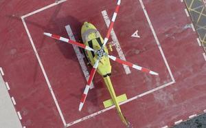 Rescatan en helicóptero a una senderista herida en la cima del Cavall Verd