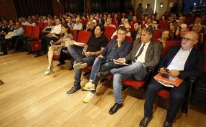 El valencianismo militante arropa la publicación