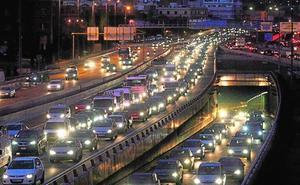 La automoción pide retirar los coches de más de 12 años por su contaminación