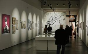 El actual coordinador de muestras del museo de la Ilustración opta a la reelección