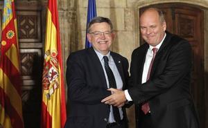La Generalitat da cuatro millones de euros a Ford y tres a Air Nostrum