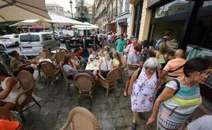 El plan de las terrazas en el Carmen pincha al provocar las quejas vecinales