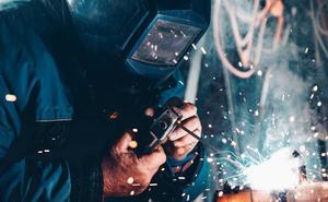 La destrucción de empleo entre los autónomos se dispara un 45% en verano