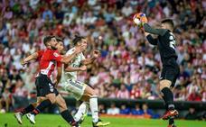 El Madrid choca contra Unai Simón