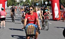 El Día de la Bicicleta en Valencia recorre el centro de la ciudad