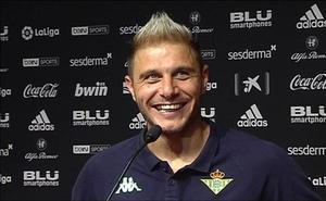 La broma subida de tono de Joaquín a los periodistas tras el Valencia-Betis