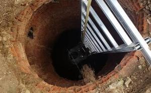 Una mujer de 80 años cae al interior de un pozo de 30 metros de profundidad en Alicante