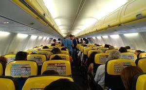 180 pasajeros, encerrados más de tres horas sin despegar en un avión en Manises
