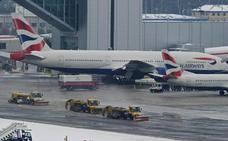 Un avión de British Airways realiza un aterrizaje de emergencia en Alicante