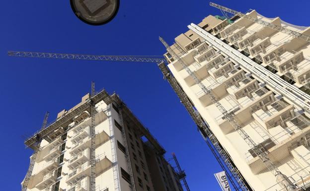 La construcción genera la mitad de empleo en la Comunitat que antes de la crisis