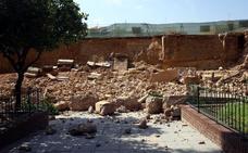 Trombas de agua derriban el monumento de Los Silos y anegan aulas y hospitales