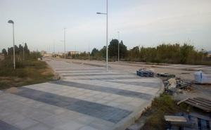 Oliva acaba con la inseguridad jurídica de 120 vecinos al legalizar Aigua Blanca y Canyades
