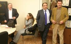 El exsenador Franco dice que no trató de comprar el voto de la tránsfuga