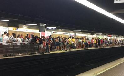 Los valencianos abarrotan metro y bus en el día de servicio gratuito