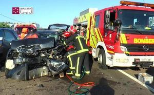 Fallece uno de los cuatro heridos en el accidente con cinco vehículos implicados en Benicàssim