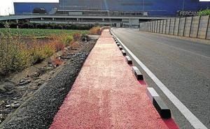 Una ruta peatonal une el casco urbano con la zona comercial