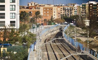Valencia pide a Fomento el soterramiento de las vías del PAI del Grao