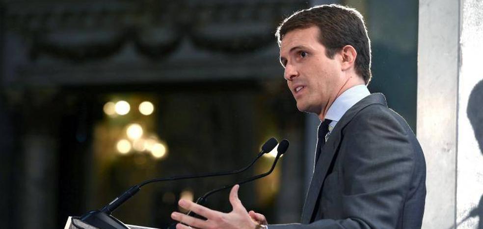 Casado propone cortar la financiación a los partidos catalanes que alienten la violencia