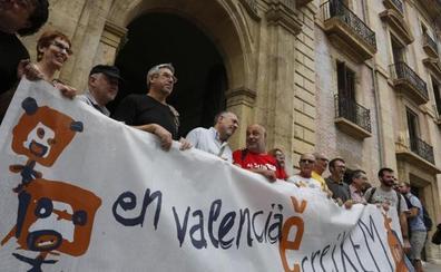 Escola Valenciana recibe casi dos millones de euros de Cataluña desde 2005